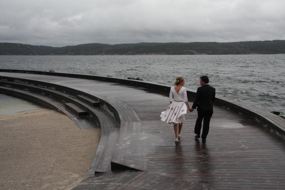 Brudeparet går sammen